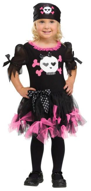 Sally Skully Pirate girl