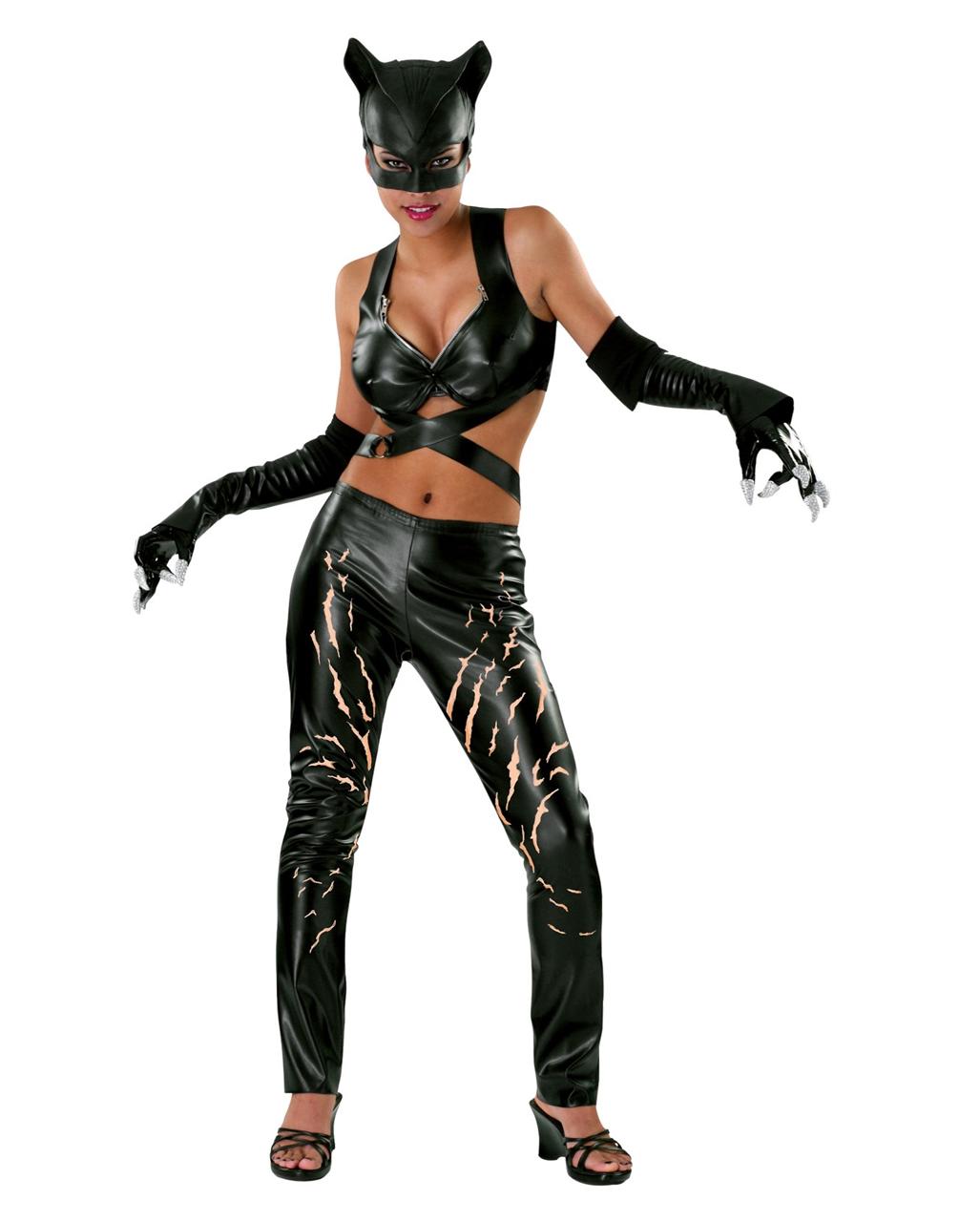 Make a Catwoman Costume
