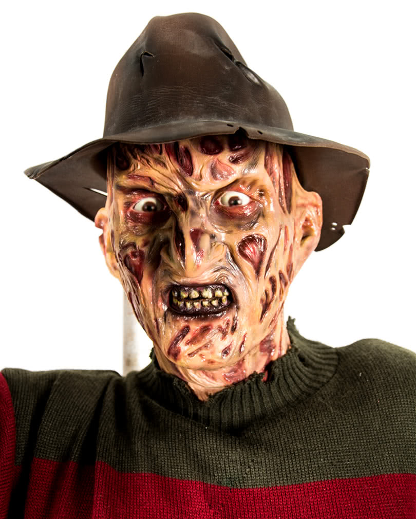 freddy krueger collectible figure 2,10m | iconic horror movie