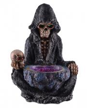 Skelett Reaper vor Orakelbrunnen