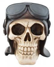 Skull with pilot's hat
