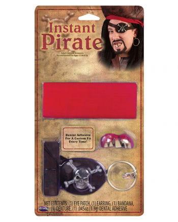 Piratenset mit Piratenzähnen