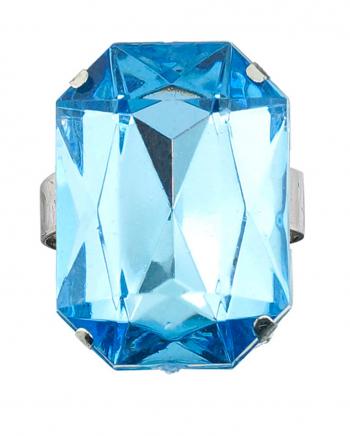 Ring mit aquamarinblauem Schmuckstein