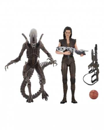 Alien Action Figure Set With Accessories
