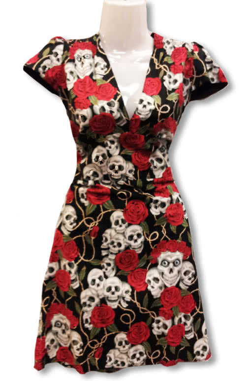 totenkopf rosen kleid sommerkleid rockabilly kleid horror. Black Bedroom Furniture Sets. Home Design Ideas
