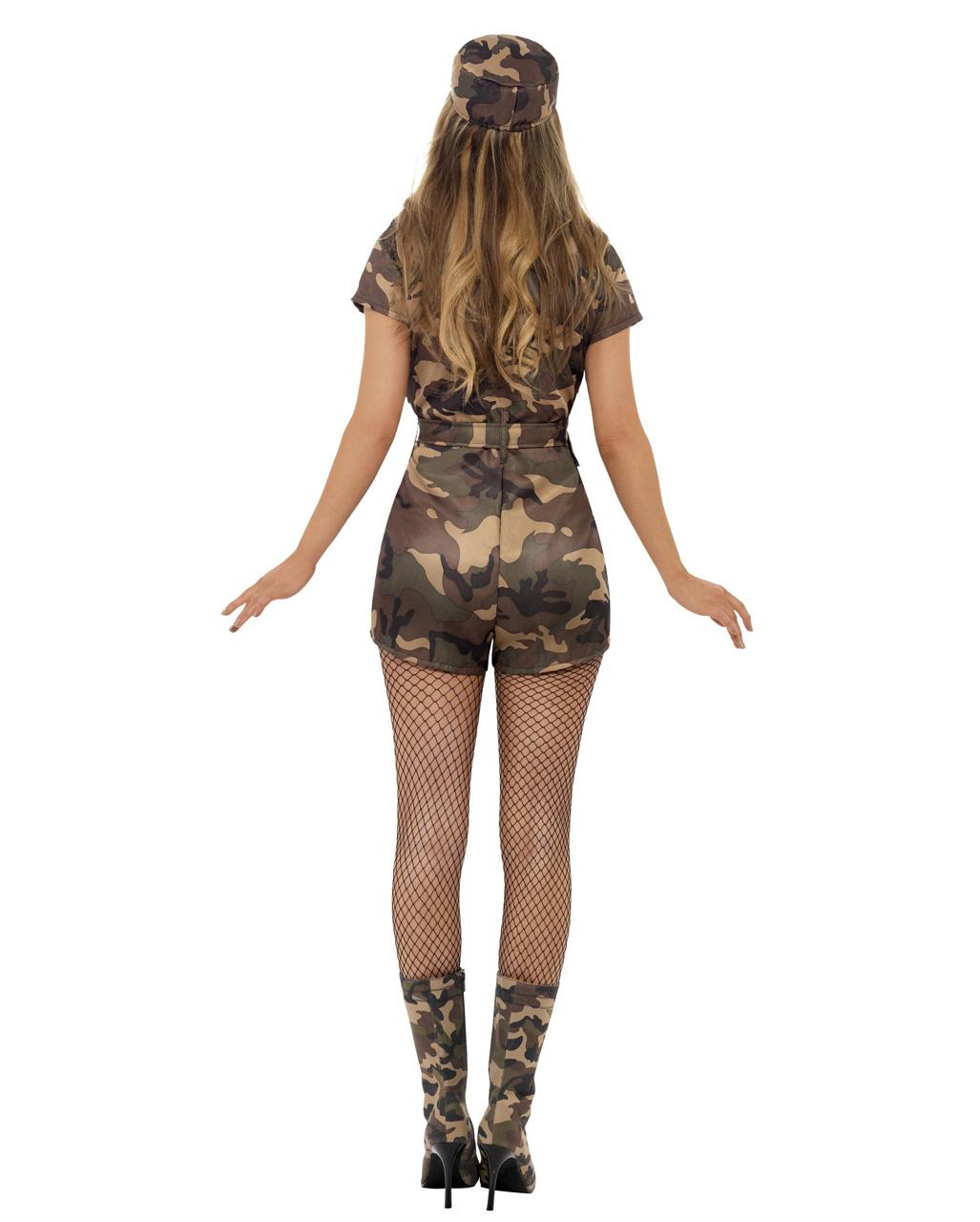 hot girls sexy mit shorts